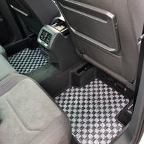 VW VW Tiguan SISAL シルバー/ブラック