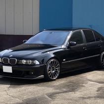 BMW BMW 5シリーズ SISAL ブラック/ブラック