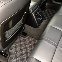 KARO装着事例 WOOLY prime BMW 3シリーズ