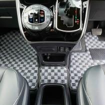 KARO装着事例 SISAL トヨタ エスクァイア