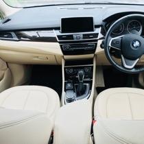 BMW BMW 218d アクティブツアラー  ラグジュアリー SISAL ブラック/ブラック