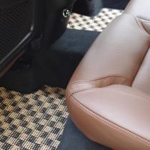 VOLVO VOLVO XC60 FLAXY ブリリアントベージュ