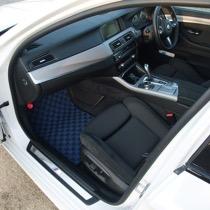 KARO装着事例 FLAXY BMW 5シリーズ